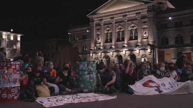 Manifestation pour le climat sur la place federale [RTS]