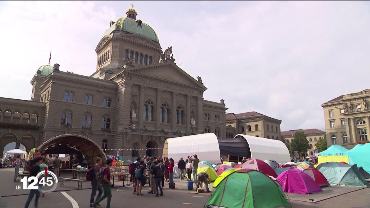 Une semaine d'actions pour le climat lancée sur la Place fédérale de Berne