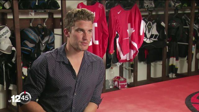 Roman Josi est le premier joueur suisse a recevoir une distinction individuelle en NHL. [RTS]