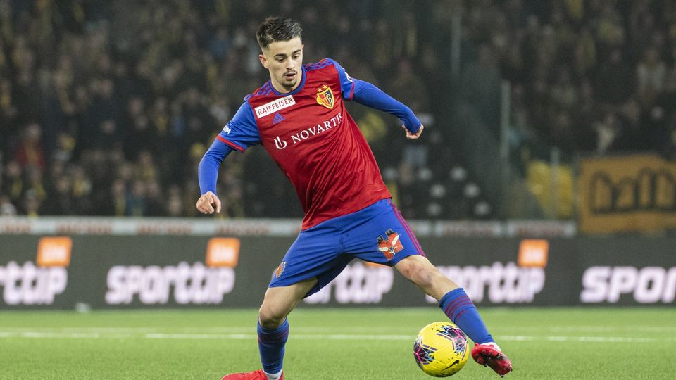 Zhegrova ici avec le maillot du FCB lors de la rencontre face à YB du 26 janvier dernier. [Alessandro della Valle]