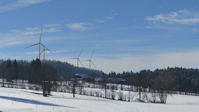 Photomontage des éoliennes de Sonvilier. [www.les4bornes.ch]