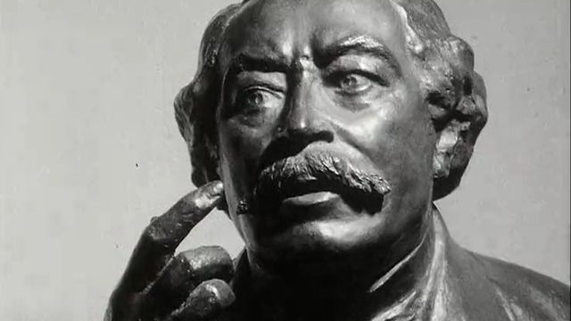 Statue d'Aristide Briand, ardent défenseur de la SDN.