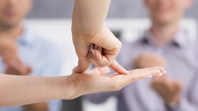 La langue des signes [Photographee.eu - Fotolia]