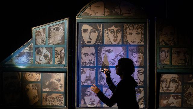 """Spectacle """"Comme sur des roulettes"""", à découvrir au Théâtre de Marionnettes de Genève. [CaroleParodi  - Théâtre des Marionnettes de Genève]"""
