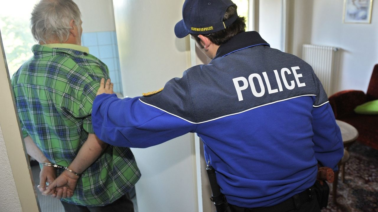 Le nombre de cas de violence domestique en Suisse a un peu augmenté l'année passée. [Laurent Gillieron - KEYSTONE]