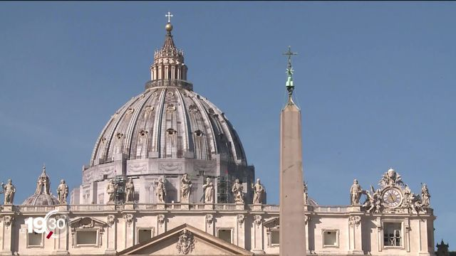 Le Vatican est secoué par un scandale financier. Des dons de fidèles ont été investis dans des projets immobiliers. [RTS]