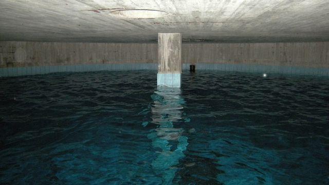 Le réservoir d'eau potable de Gordola (TI). [Andri Bryner - Keystone/Eawag]