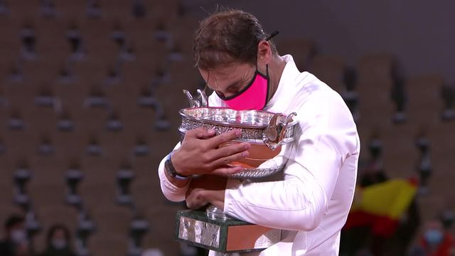 Finale, N.Djokovic (SRB) - R.Nadal (ESP) 0-6, 2-6, 5-7: 20e titre du Grand Chelem pour Rafael Nadal! [RTS]