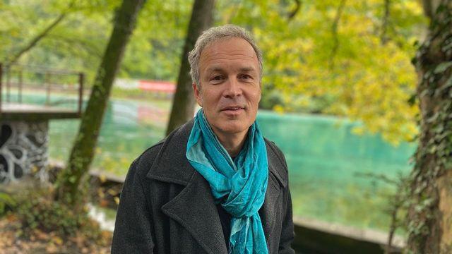 Philippe Chappuis, alias Zep, dans les Charmilles à Genève. [Karine Vasarino - RTS]