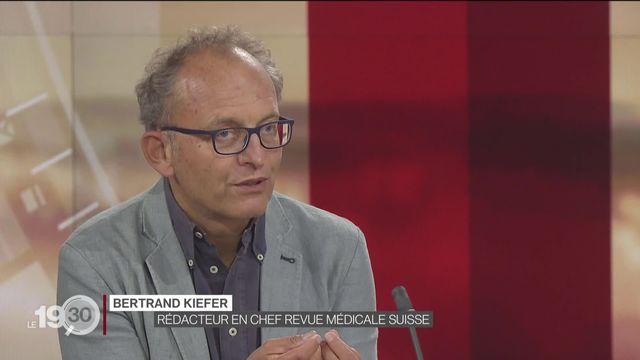 """Bertrand Kiefer: """"80 à 90% s'infectent dans la sphère privée. Un peu de contrôle est nécessaire"""". [RTS]"""