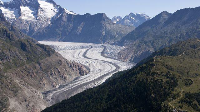 Les glaciers, en Suisse, continuent de fondre massivement. [Alessandro Della Bella - KEYSTONE]