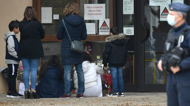 Neuf personnes en garde à vue après la décapitation d'un enseignant en France [Bertrand Guay - AFP]