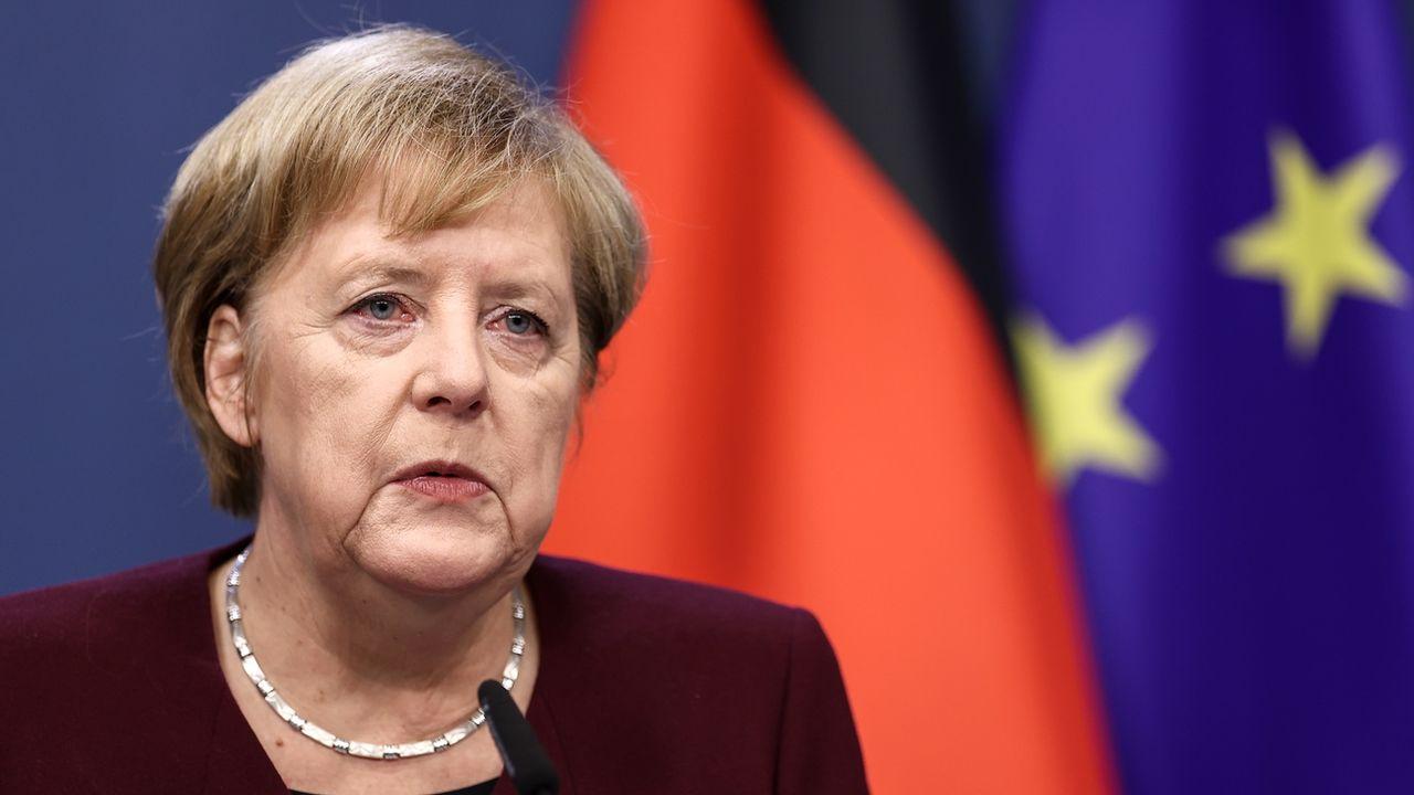 """""""Restez chez vous"""": l'appel d'Angela Merkel aux Allemands [Kenzo Tribouillard - Keystone]"""