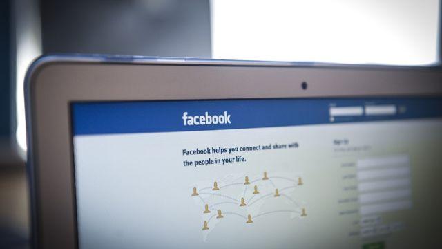 L'algorithme de Facebook utilise des stéréotypes pour les offres d'emploi. [Jaap Arriens - AFP]