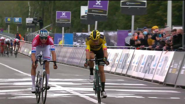Audenarde (BEL): victoire de Mathieu van der Poel (NED) sur le fil [RTS]