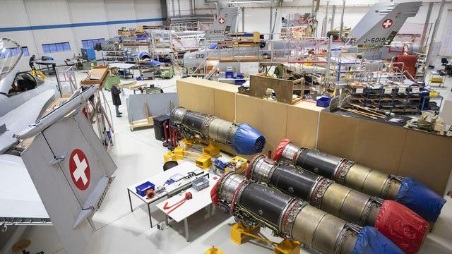 Une halle du fabricant Ruag près de l'aéroport militaire d'Emmen (LU), le 22 octobre 2020. [Peter Klaunzer - Keystone]