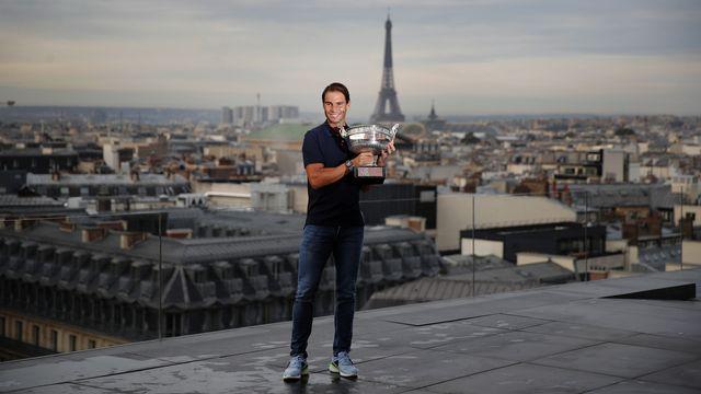 Vainqueur à Roland-Garros il y a 10 jours, Nadal reviendra à Paris début novembre. [François Mori - Keystone]