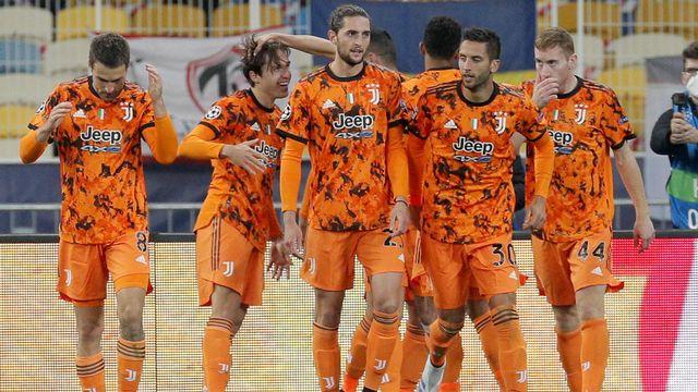 Les joueurs de la Juventus fêtent l'ouverture du score de Morata. [Sergey Dolzhenko - Keystone]