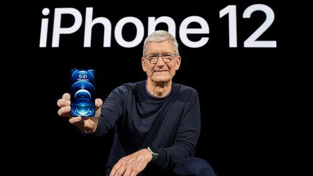 Aucun chargeur ne sera compris lors de l'achat de l'iPhone 12. [Brooks Kraft - Keystone/EPA]