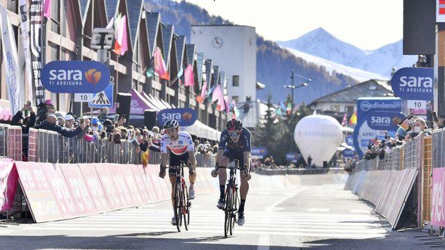 Tao Geoghegan Hart (droite) et Jai Hindley (gauche) sont au coude-à-coude dans ce Giro. [Massimo Paolone - Keystone]