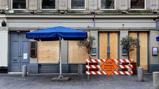 Enseigne fermée aux Etats-Unis en raison de la pandémie [Pixabay/Queven - NOAA]