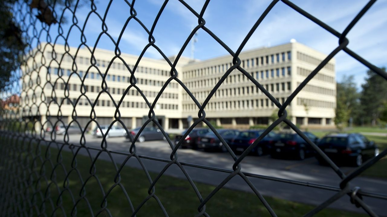 La menace terroriste reste élevée en Suisse, selon le SRC. [Peter Schneider - Keystone]
