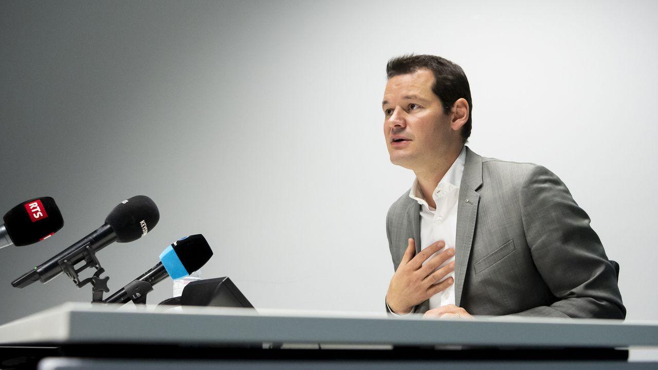 Pierre Maudet, conseiller d'Etat genevois, lors d'une conférence de presse le 29 octobre 2020. [Jean-Christophe Bott - Keystone]
