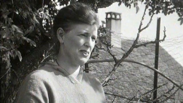 Une Parisienne aux champs, interview en 1966. [RTS]