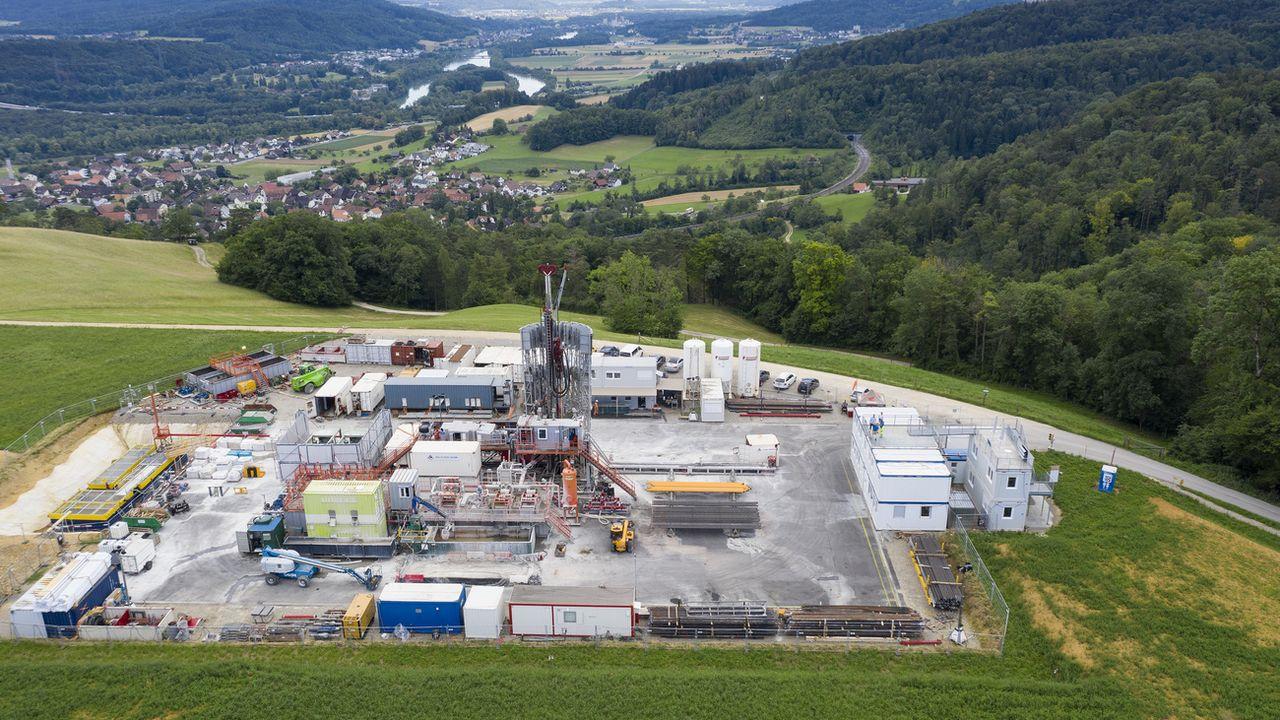 La station de sondage sur le site du Bözberg, dans le canton d'Argovie, pour l'enfouillissement potentiel de déchets radioactifs en couches géologiques profondes. [Gaetan Bally - Keystone]