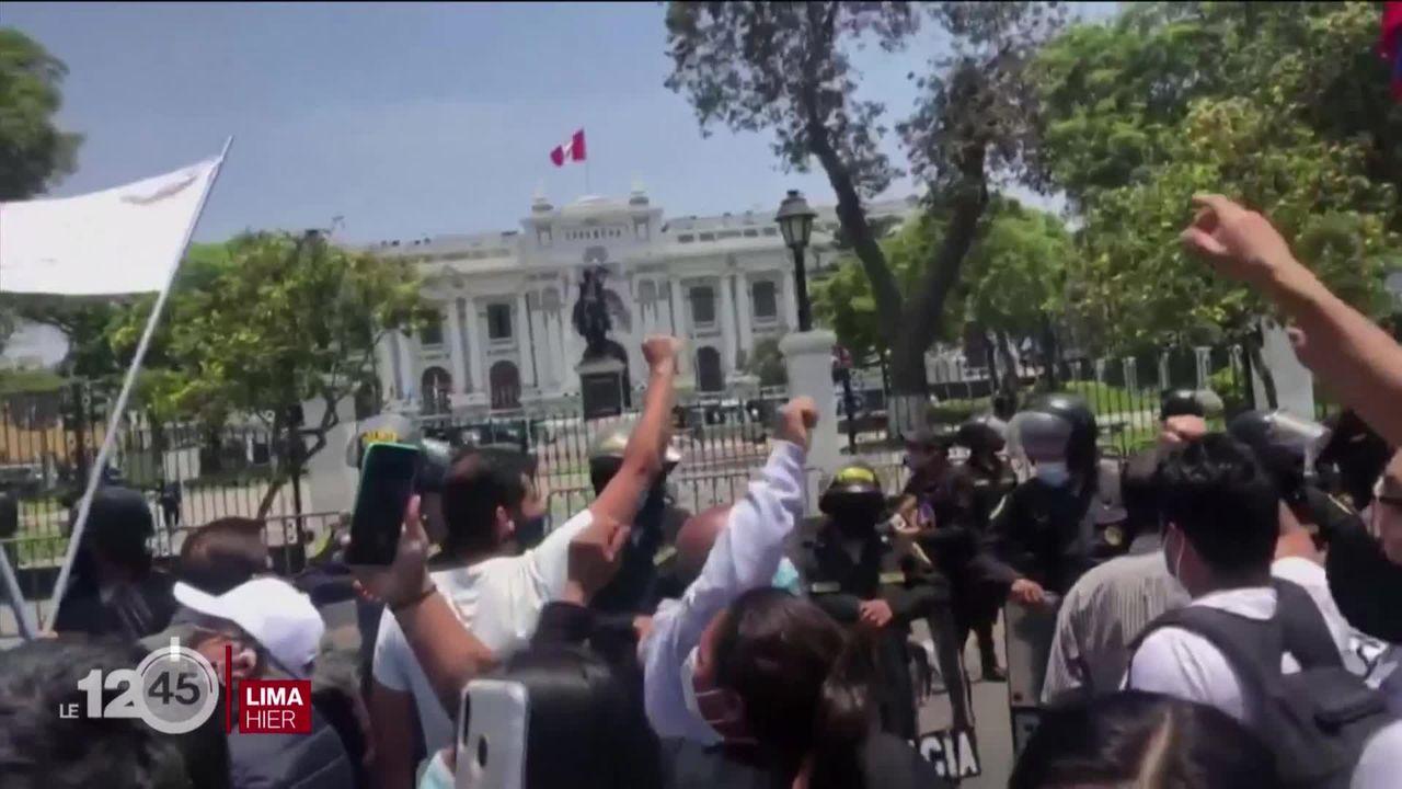Le Pérou à nouveau sans président.... le président par intérim Manuel Merino contesté par la rue n'aura tenu que 5 jours [RTS]