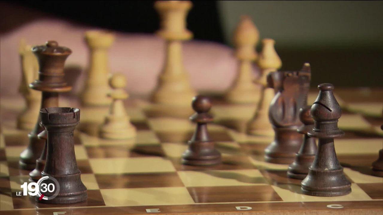 Le Jeu de la dame, série de Netflix, est synonyme de regain de popularité pour le jeu d'échecs. Les clubs romands en profitent. [RTS]