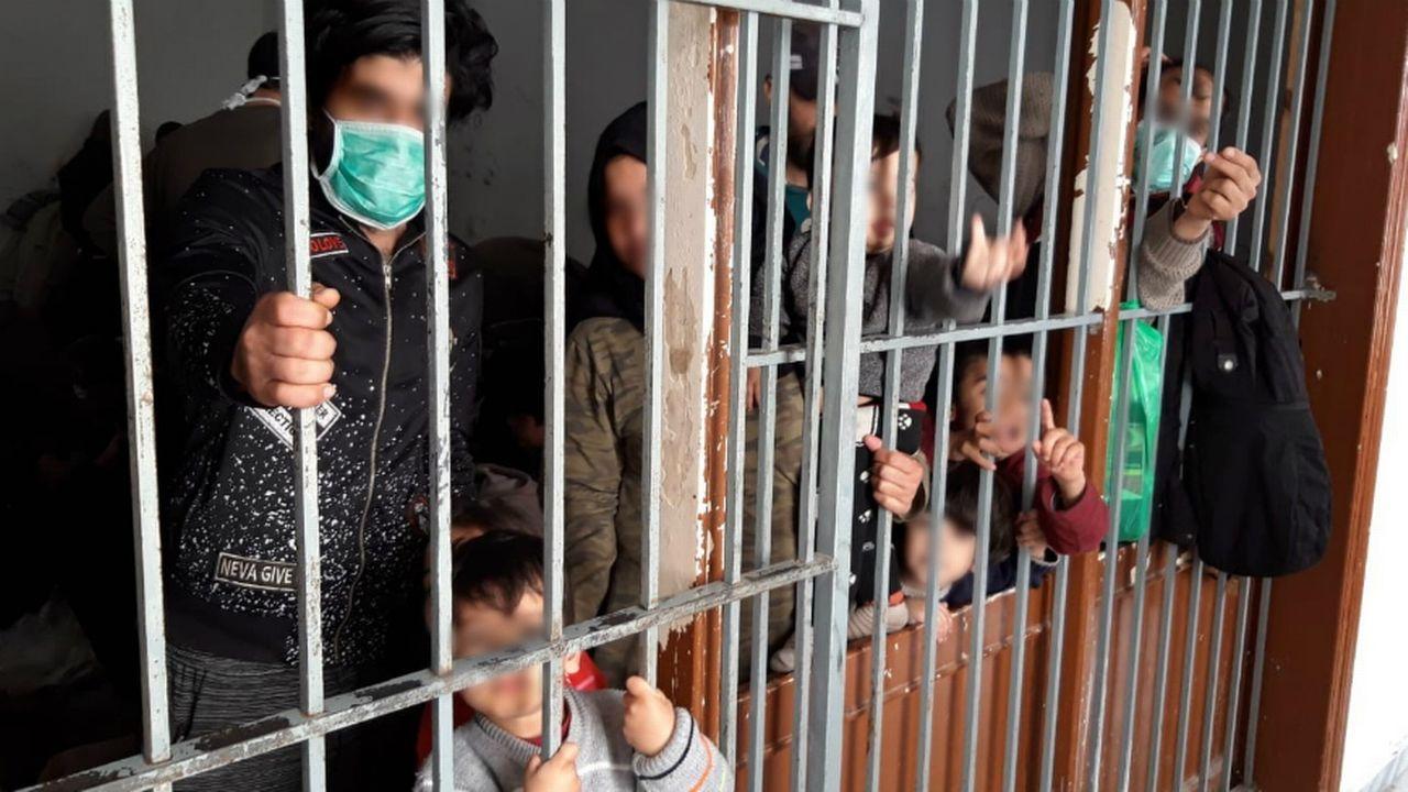 """Un rapport dénonce le traitement """"inhumain"""" des migrants en Grèce. [Comité anti-torture du Conseil de l'Europe]"""