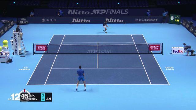 Au Masters de Londres, le Russe Daniil Medvedev a battu Novak Djokovic [RTS]