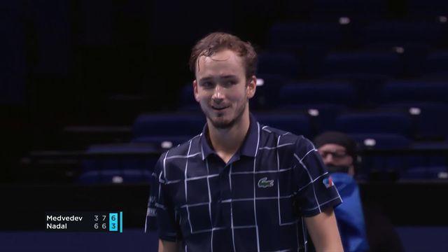 1-2 finale, D. Medvedev (RUS) - R. Nadal (ESP) (3-6, 7-6, 3-6): Nadal tombe face à Medvedev qui se qualifie pour la finale ! [RTS]