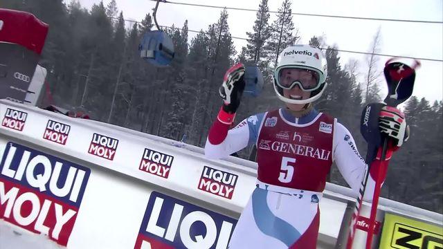 Levi (FIN), slalom dames, 1re manche: Vlhova (SVK) 1re, Holdener (SUI) 3e, Shiffrin (USA) 4e, Gisin (SUI) 1re et Meillard (SUI) chute [RTS]