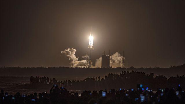 La Chine a lancé une rare mission pour ramener des roches lunaires. [Keystone - EPA]