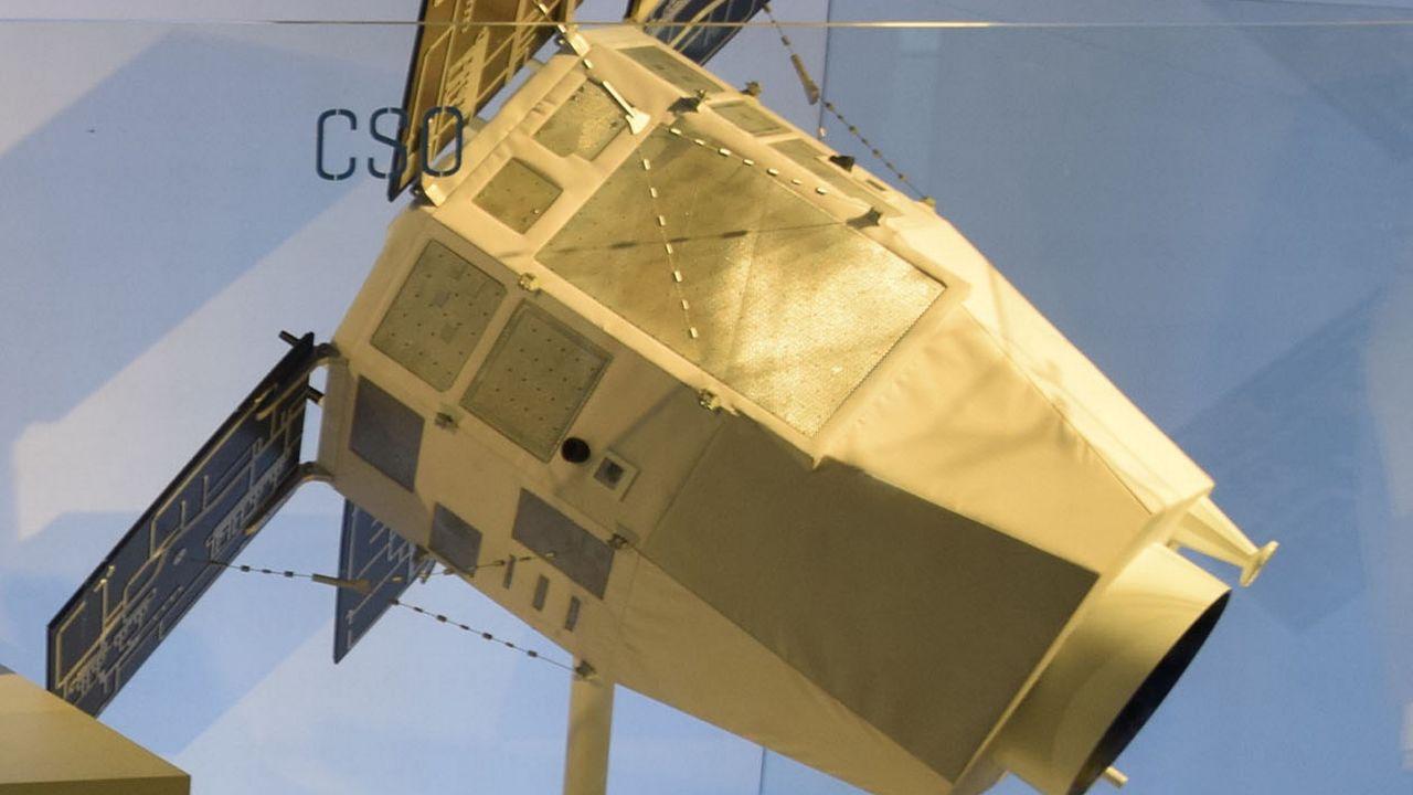 Maquette des satellites militaires du projet français CSO. [Tiraden - CC-BY-SA]
