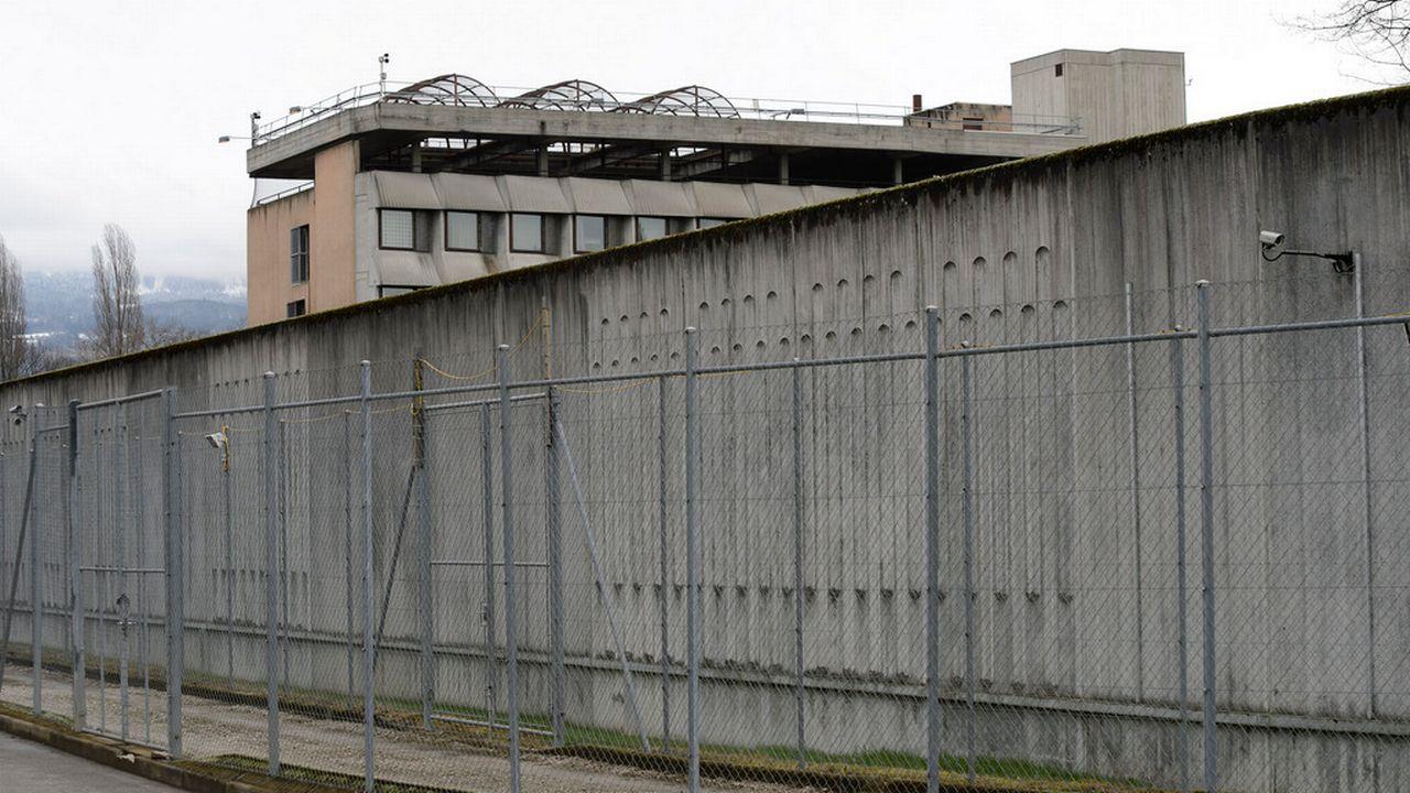 Le nombre de détenus est repassé au-dessus de 600 cet automne à Champ-Dollon. [Martial Trezzini - Keystone]