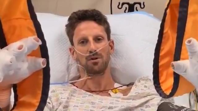Romain Grosjean avait presque le sourire quelques heures après son accident. Un miracle! [Twitter Haas F1 Team - RTS]