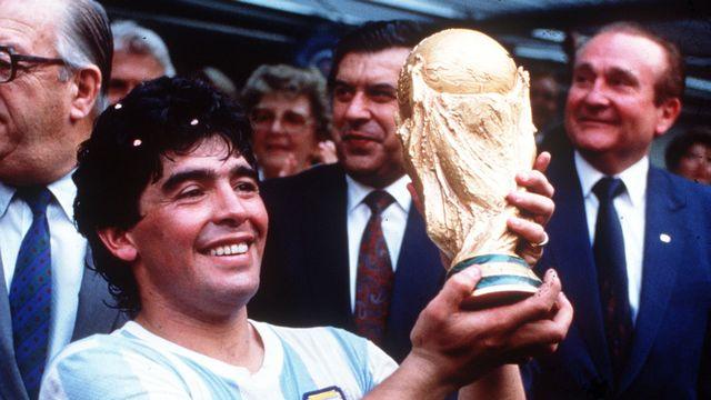 Maradona, un gamin en or [RTS]