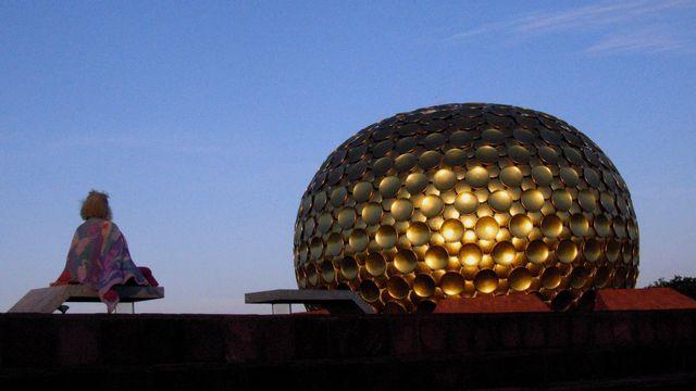 Christine Gabriau,Auroville, Inde. [M. Girardin - DR]