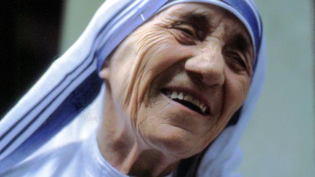 Mère Teresa (Rome 1985). [Manfredo Ferrari - CC by SA 4.0 Wikimedia International]