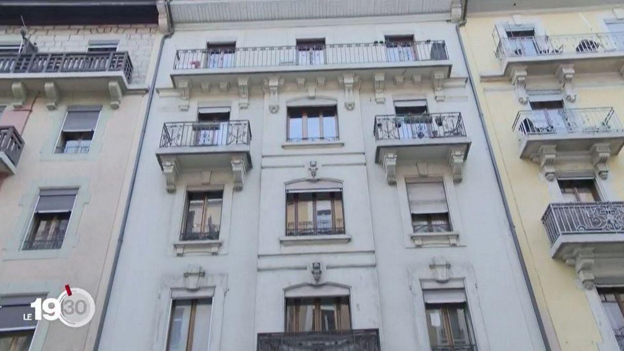 Deux gros propriétaires d'immeubles genevois sont soupçonnés d'avoir falsifié des baux pour augmenter illégalement des loyers. [RTS]