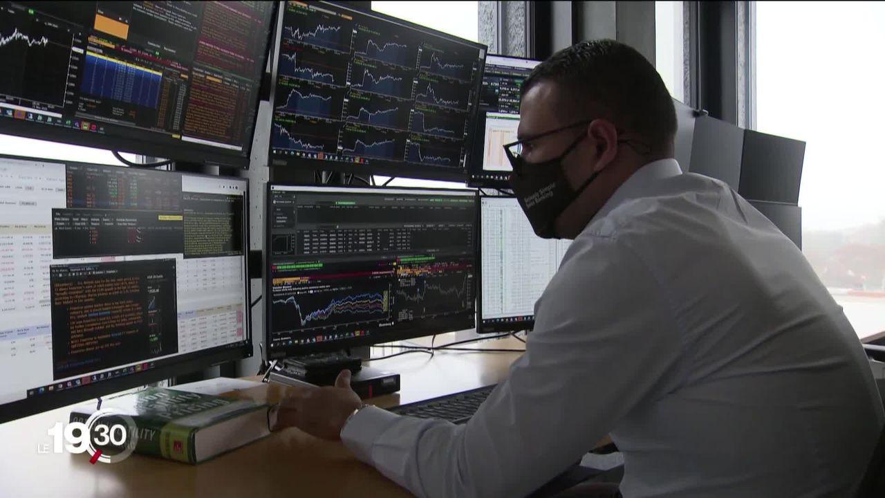 Les banques en ligne, un marché en pleine expansion, au détriment des banques traditionnelles [RTS]