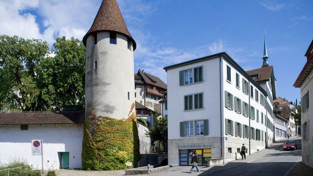 La vieille ville d'Aarau avec la tour Pulver. [Gaëtan Bally - Keystone]