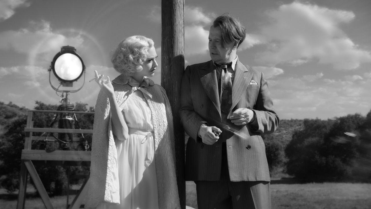 "Amanda Seyfried et Gary Oldman dans ""Mank"", de David Fincher. [NETFLIX]"