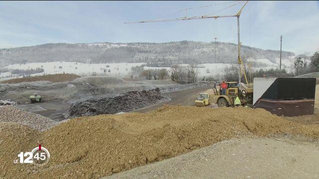 L'agrandissement de la décharge de Boécourt se poursuit dans le Jura [RTS]