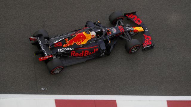 Verstappen s'est montré le plus rapide au volant de sa Red Bull. [Hamad Mohammed - Keystone]