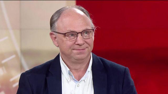 """Jean-Henry Morin : """"Si on veut construire une société numérique responsable, on doit agir"""" [RTS]"""