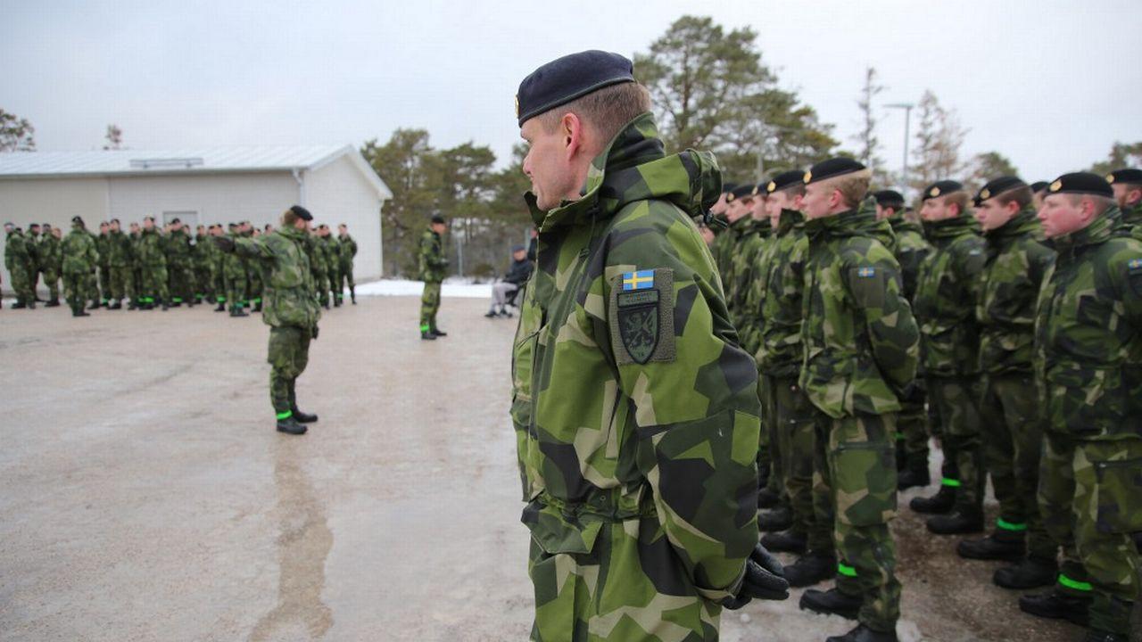 Des soldat‧e‧s suédois‧e‧s sur la base de Visby, sur l'île de Gotland, en février 2019. [Tom Little - AFP]